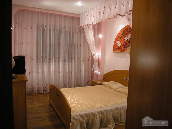 Буковинська, 2-кімнатна (44911), 006