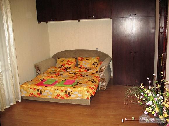 Квартира біля метро Святошино, 1-кімнатна (45043), 002