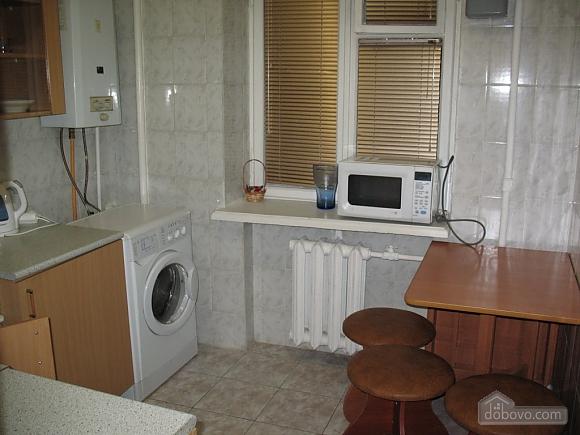 Квартира біля метро Святошино, 1-кімнатна (45043), 004