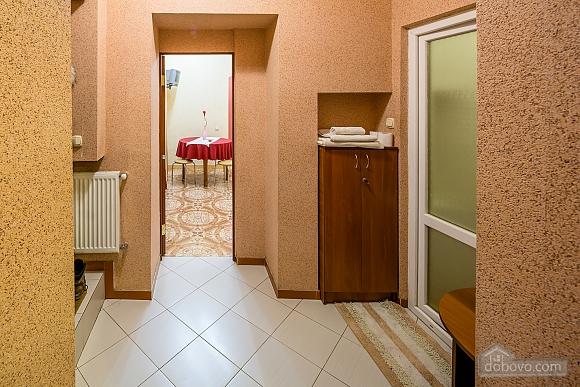 Центр, 2 двуспальных кровати, 2х-комнатная (22725), 012