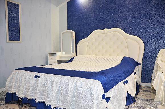 Центр, 2 двуспальных кровати, 2х-комнатная (22725), 021