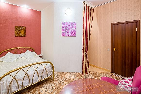 Центр, 2 двуспальных кровати, 2х-комнатная (22725), 004
