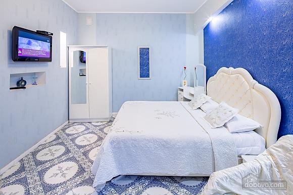 Центр, 2 двуспальных кровати, 2х-комнатная (22725), 018