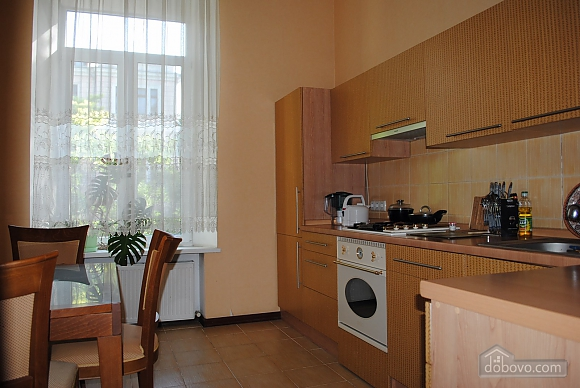 Spacious apartment in the city center, One Bedroom (90603), 004