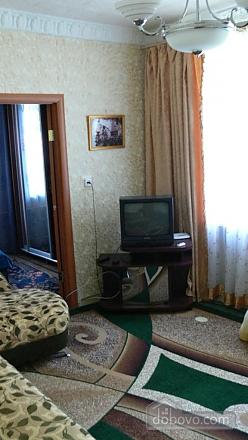 Отличная квартира для отдыха и проживания, 2х-комнатная (91130), 003
