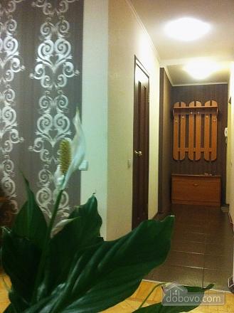 Квартира в центрі, 2-кімнатна (68878), 006