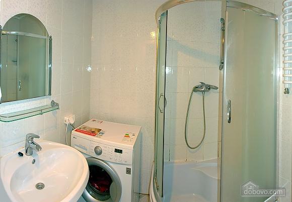 Квартира в Трускавце, 3х-комнатная (46955), 008