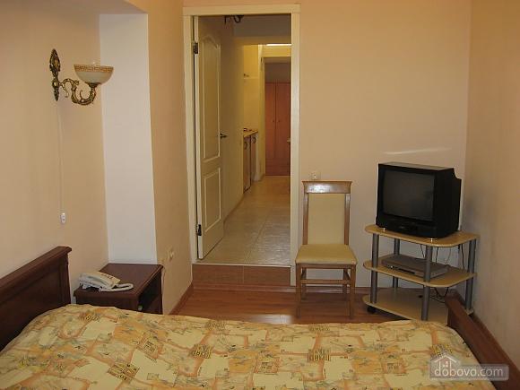 Квартира біля Дерибасівської, 1-кімнатна (25823), 003
