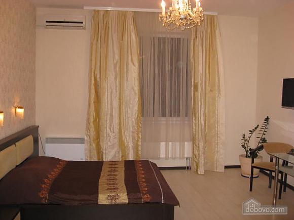 В новом доме возле парка, 1-комнатная (48669), 004