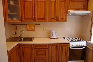 Квартира на Бессарабській площі, 2-кімнатна, 004