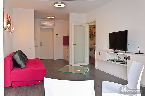 Stylish one-bedroom panoramic view apartment, One Bedroom (35900), 010