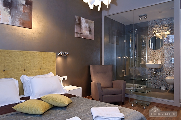 Connected apartments with a glass wall in bathroom in the center of the city, Two Bedroom (58417), 004