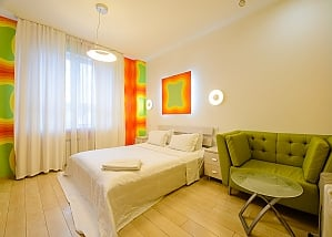Connected studio apartments in the city center, Tre Camere, 003