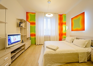 Connected studio apartments in the city center, Tre Camere, 004