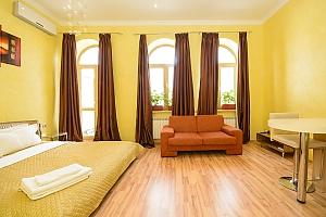 Просторі апартаменти-студіо з балконом і гідромасажною ванною, 1-кімнатна, 002