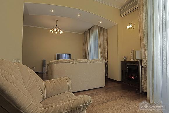 Apartment on Khreschatyk Street, Una Camera (71844), 004