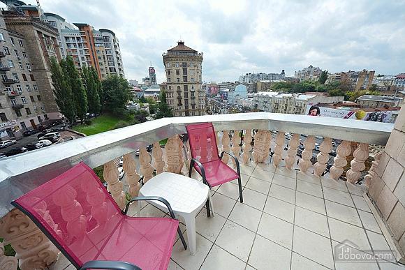 Apartment on Khreschatyk Street, Una Camera (71844), 012