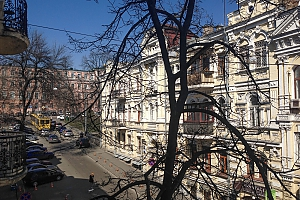 Удобная квартира возле Майдана Незалежности, 2х-комнатная, 009