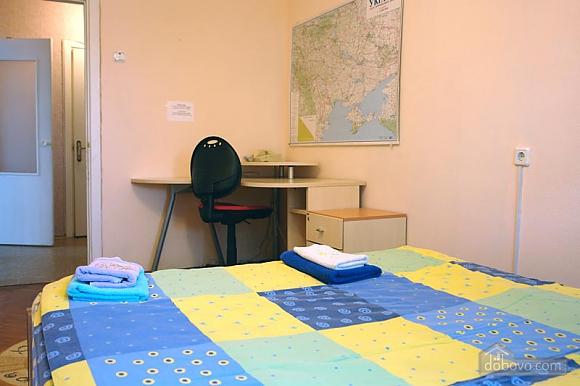 Economy apartment near Maidan, Una Camera (94756), 004