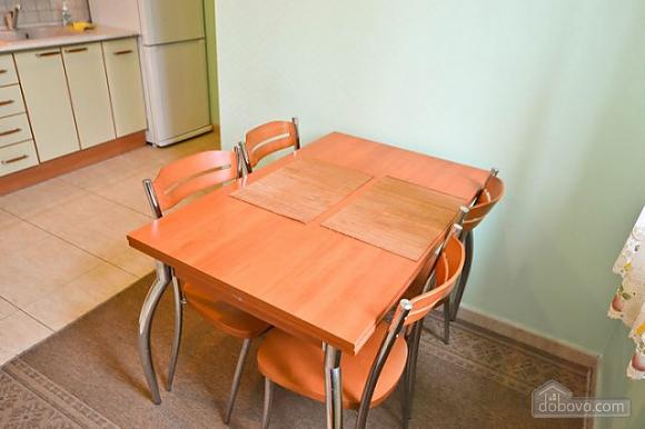 Прекрасна квартира в ідеальному розташуванні, 2-кімнатна (72635), 012