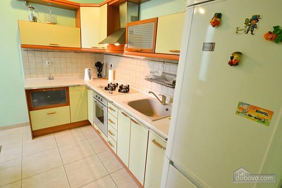 Прекрасна квартира в ідеальному розташуванні, 2-кімнатна (72635), 014