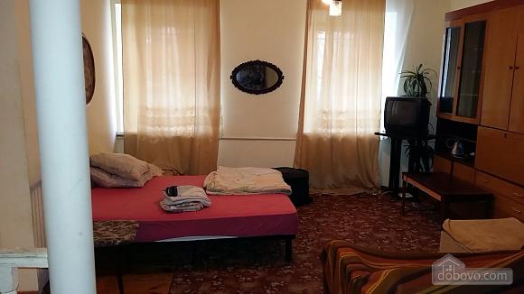 Квартира біля з/д вокзалу, 1-кімнатна (95283), 001