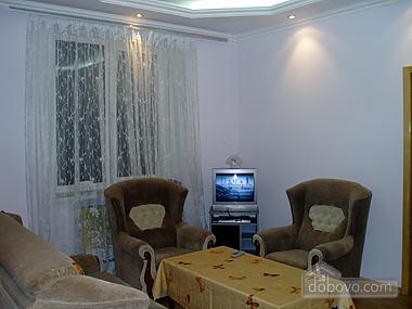 Квартира неподалік від моря, 2-кімнатна (95547), 002