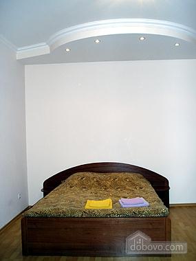 Квартира неподалік від моря, 2-кімнатна (95547), 005