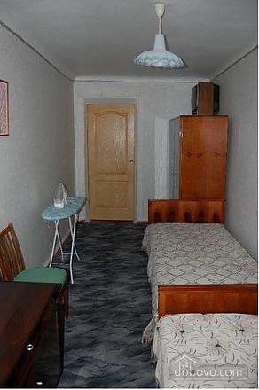 Квартира на центральній площі, 2-кімнатна (28525), 004