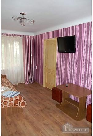 Квартира на центральній площі, 2-кімнатна (28525), 005