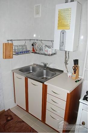 Квартира на центральній площі, 2-кімнатна (28525), 009