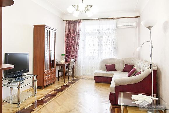 Near Patas Ukrayina, Un chambre (51899), 001