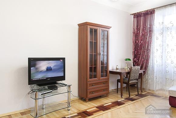 Near Patas Ukrayina, Un chambre (51899), 002