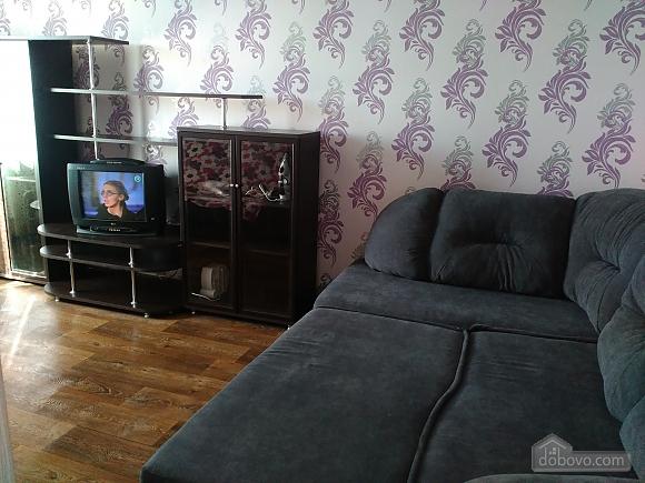Хорошая квартира в Харькове, 2х-комнатная (97920), 001