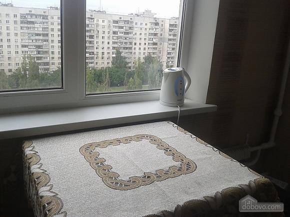 Хорошая квартира в Харькове, 2х-комнатная (97920), 010