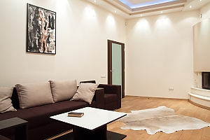 Apartment near the Opera theatre, Zweizimmerwohnung, 002