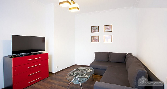 Apartment in the city center, One Bedroom (30569), 002