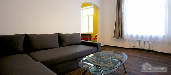 Apartment in the city center, One Bedroom (30569), 003