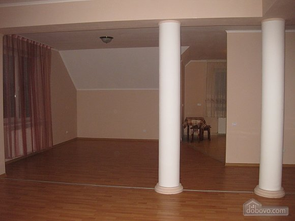 Apartment in the center, Four Bedroom (53151), 004
