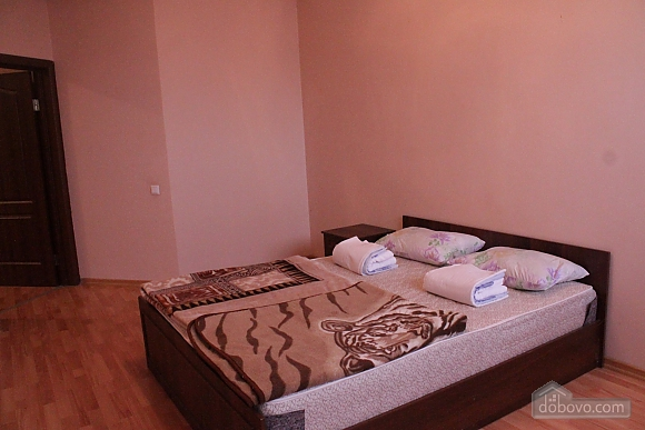 Apartment in the center, Four Bedroom (53151), 008