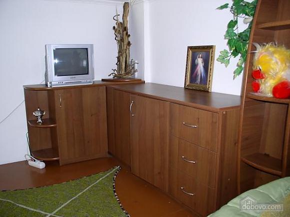 Квартира в центре, 1-комнатная (98711), 004
