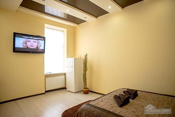 Apartment in the city center, Studio (32019), 006