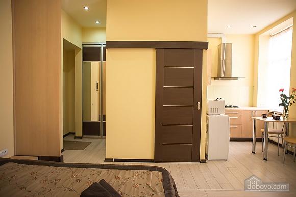 Apartment in the city center, Studio (32019), 007