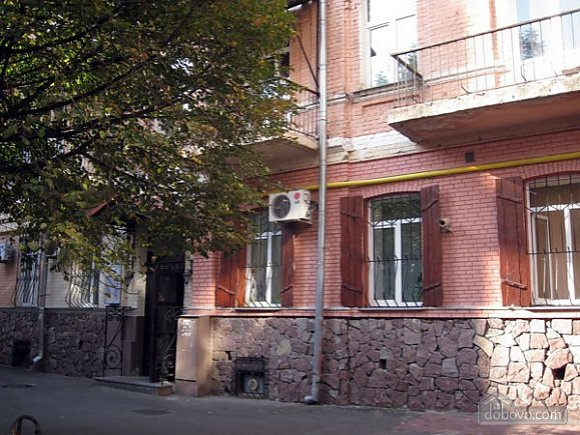 Near Mikhailovskaya Square, Studio (55063), 007