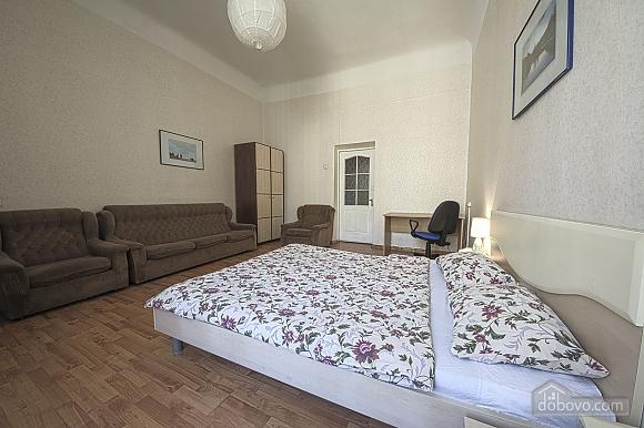 Apartment near Maydan Nezalezhnosti, Studio (32744), 001