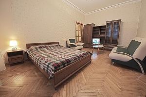 Апартаменты на Майдане Незалежности, 1-комнатная, 002