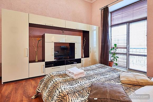 Квартира возле Золотых Ворот, 1-комнатная (10953), 002