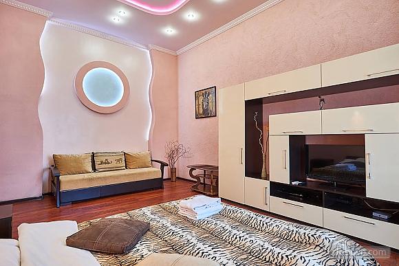 Квартира возле Золотых Ворот, 1-комнатная (10953), 003