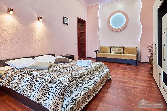 Квартира возле Золотых Ворот, 1-комнатная (10953), 001
