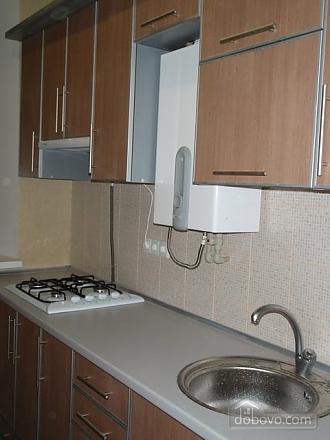 Уютные апартаменты, 2х-комнатная (56117), 005